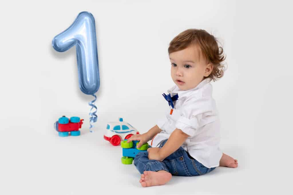 prv6 2 1024x683 - Foil Number Balloons Photo Overlays